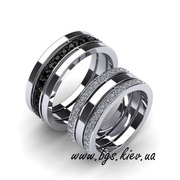 Обручальные кольца с черными и белыми бриллиантами